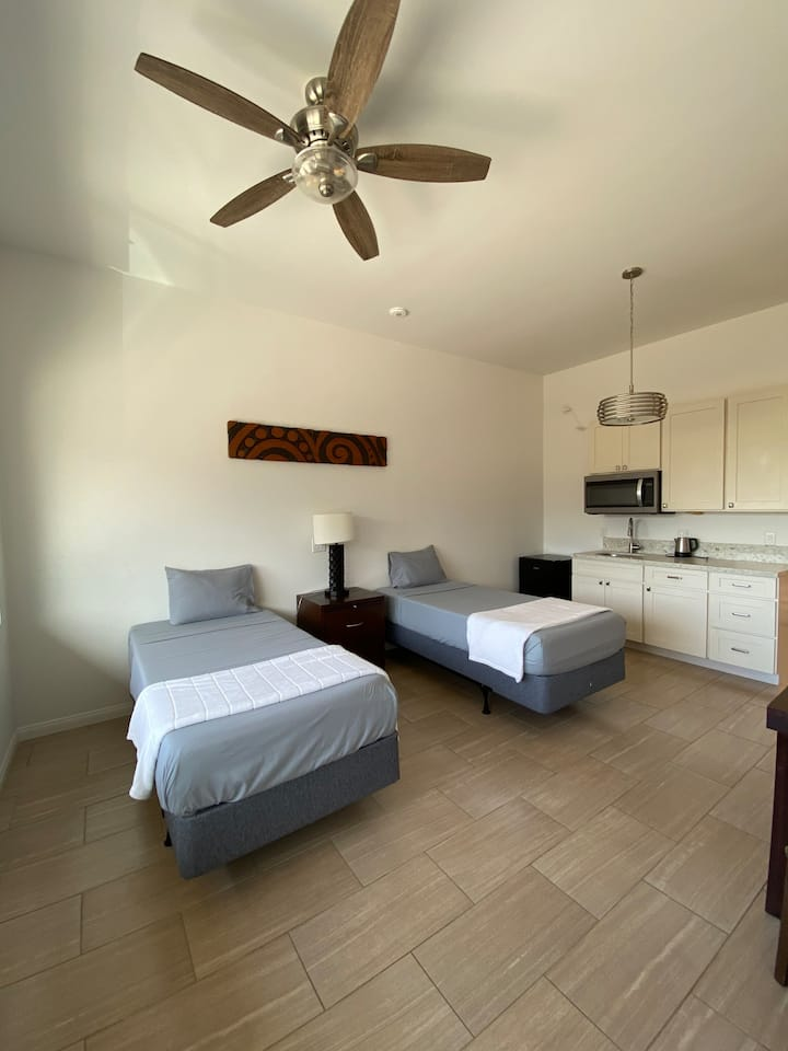 #3 Cozy Newly Remodeled Studio in Central Maui!