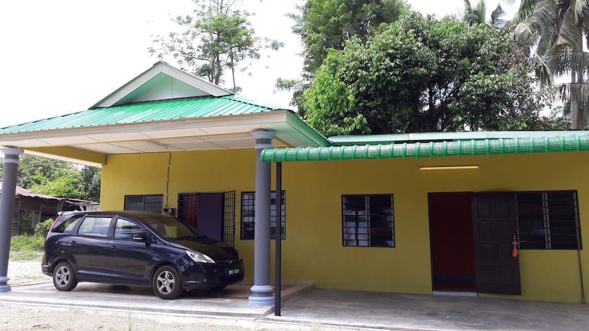 Rumah Tamu Adeq, Raub