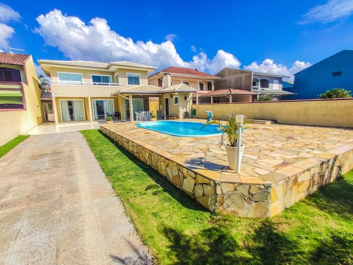 Maravilhosa Casa ao Lado da Praia com vista p/ Mar