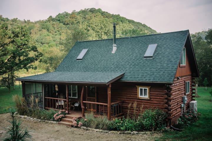 Walnut Creek Cabin, modern + rustic luxury getaway