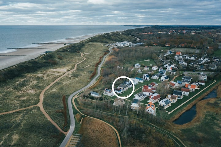Mooi gerenoveerde vakantiewoning aan Zeeuwse kust.