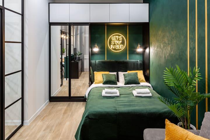 Emerald Lux Apartment. LiveInLviv