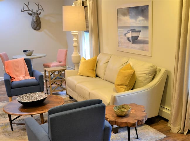 Cheerful Saratoga County Apartment