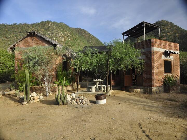Rancho Ecológico Sol de Mayo By Rotamundos Cabaña
