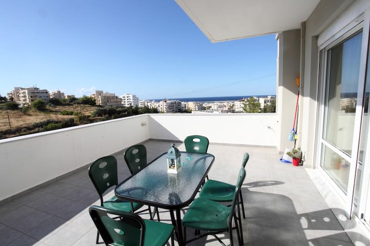 3 Bedroom Apartment in Rethymno with View