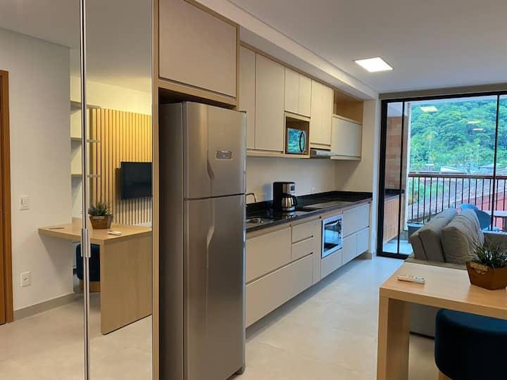 Lindo Apartamento Completo/ novo na praia/Ubatuba