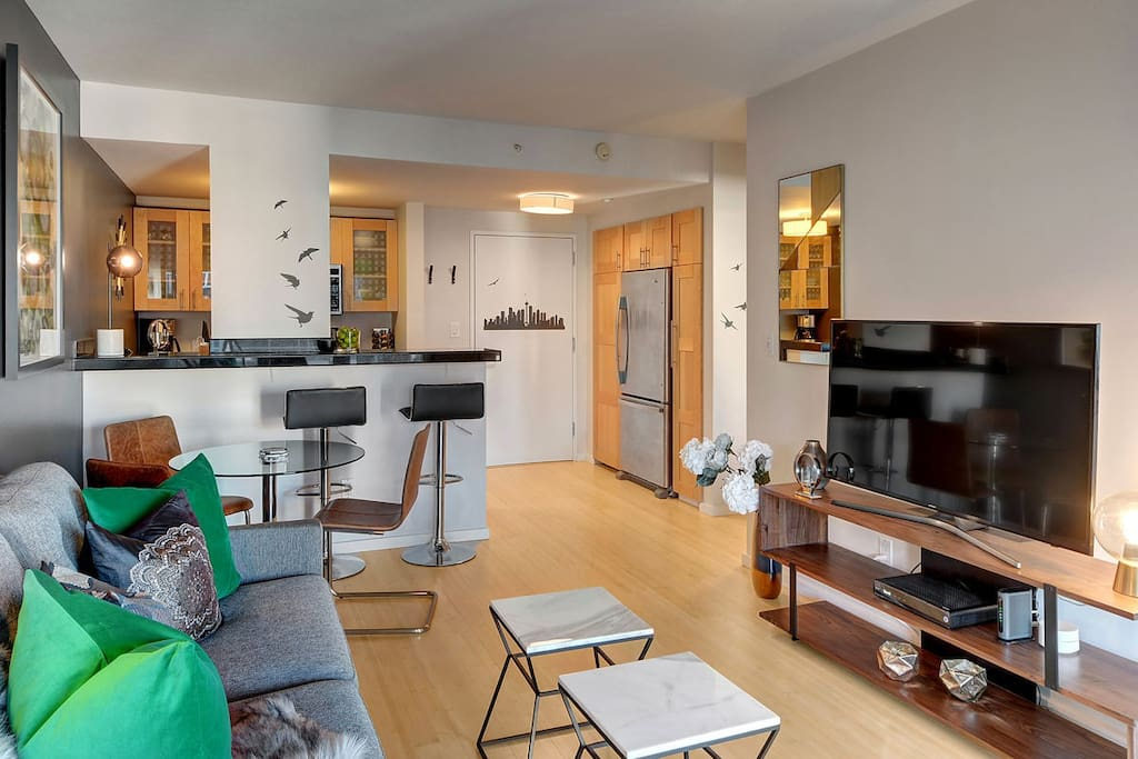 Professionally designed and decorated, this condo makes the perfect Seattle getaway.