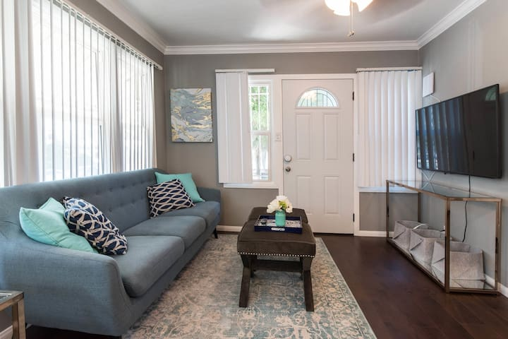 Charming East Hollywood Bungalow