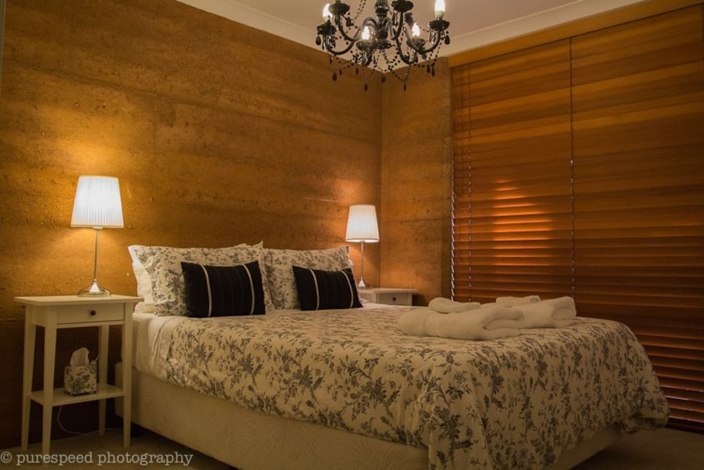Private room with gentle oil heater