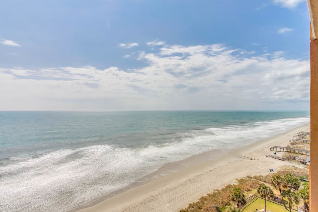Beautiful direct oceanfront view from balcony (South View)
