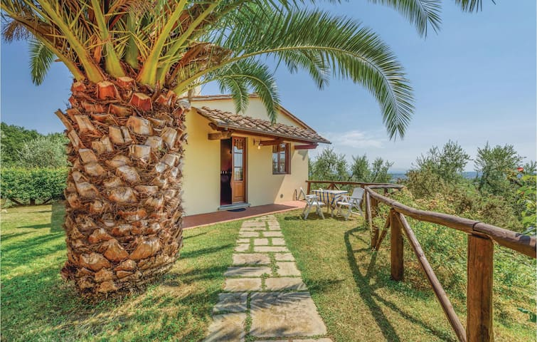 Holiday apartment with 1 bedroom on 45m² in Larciano PT