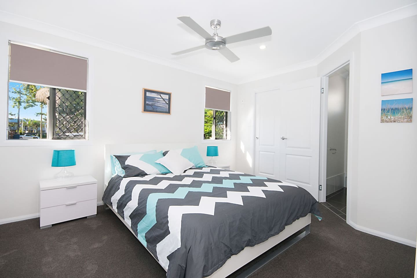Master Bedroom. Queen size bed, 2 wardrobes and ensuite.