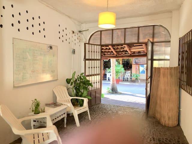Hostal HOTEL ZihuAzul
