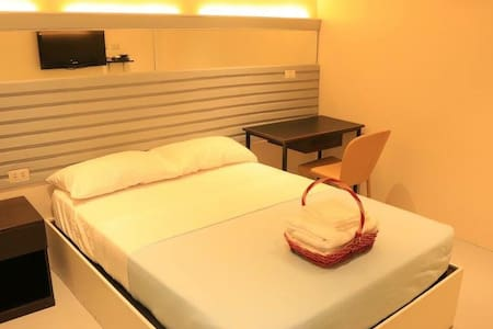 Very accessible premium hostel - Bacolod