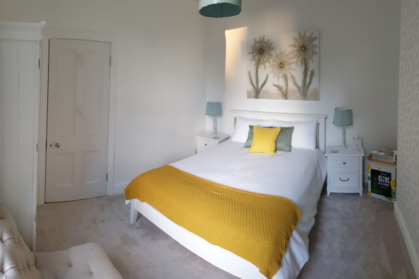 Guest Bedroom with King Sized Bed & new Somnus Mattress, Fridge, Tea & Coffee facilities and TV.  Lockable (keys provided)