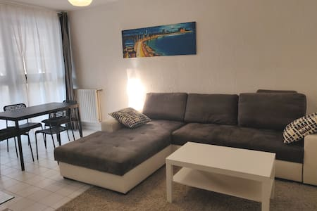 Bel appartement design en centre ville