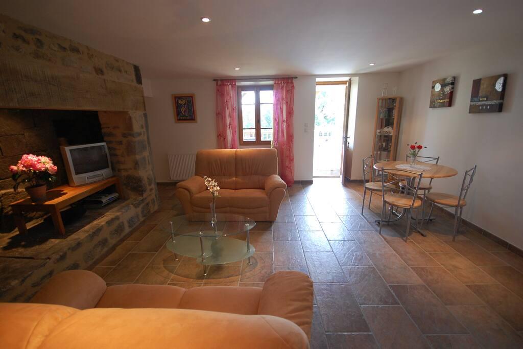 Lounge Diner in Gite Le Rossignol