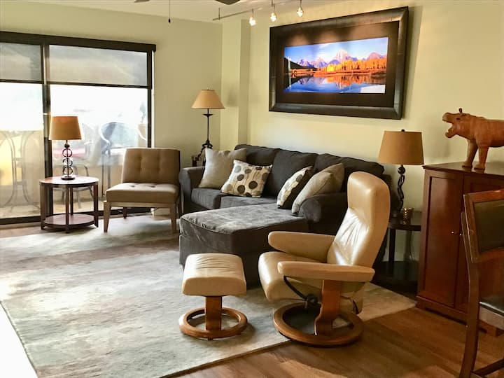 Beautiful Vail Valley Getaway in Updated Condo