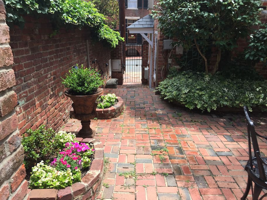 The courtyard and garden are deep in the heart of Old Town yet private.