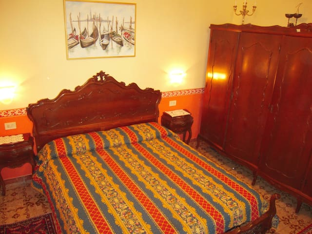 Near bus and train station - Venezia santa croce  - Apartment