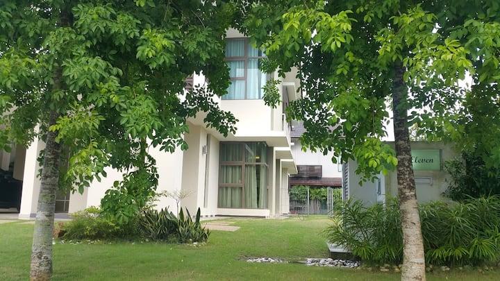 Sharad - East Ledang Villa