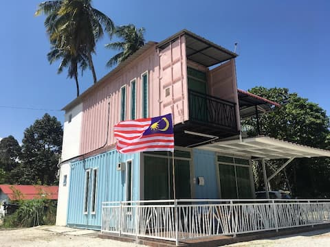 Penang Container Guesthouse (Studio Room)