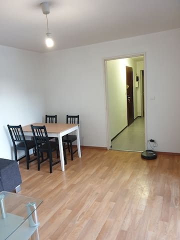 Appartement refait à neuf à 7 min de Genève