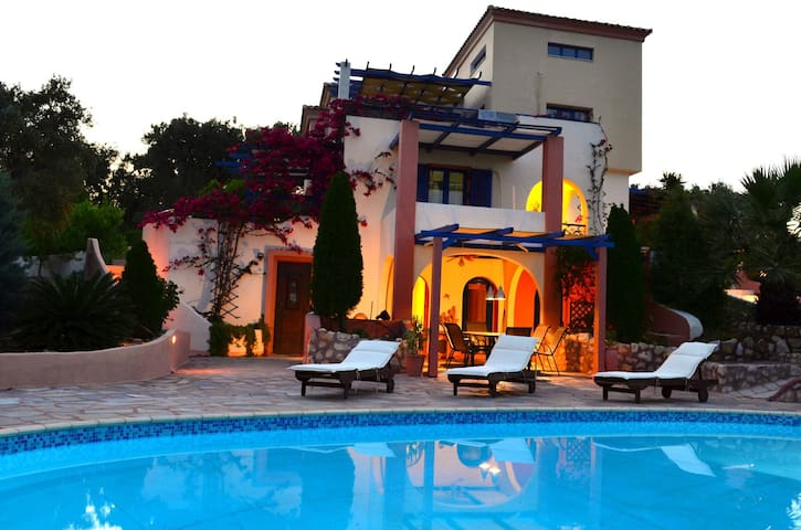 Villa Aerides with Private Pool