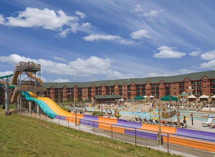 Wyndham Glacier Canyon- 4 FREE All Access Water Park Passes Incl.