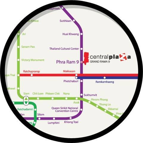 15 min to MRT Rama 9 & Central Plaza. 5 min to RCA,
