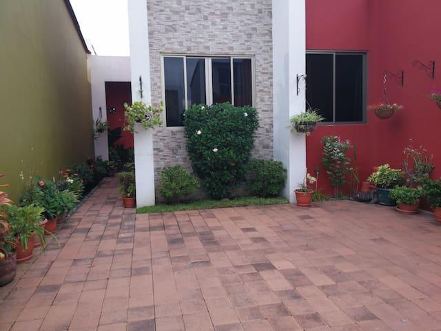 Habitación en Residencial Privada y zona exclusiva