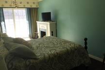 Pike River Inn - Riverside Suite