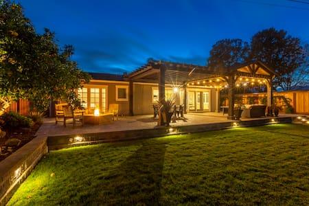 @ Marbella Lane - Waterfront Property | Ldry + P