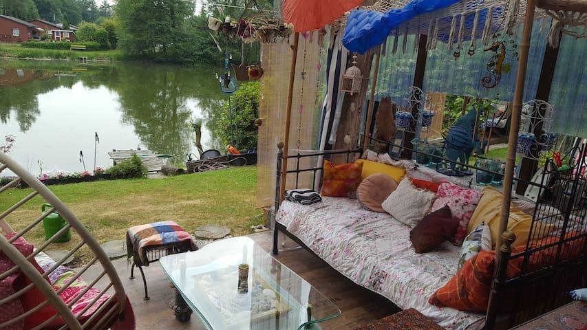 Haus am  See.  Ein  Paradies, für Naturliebhaber