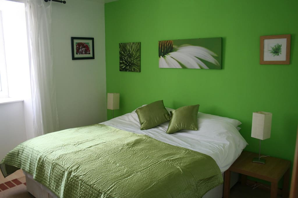 Bedroom 3 can be large singles or Kingsize