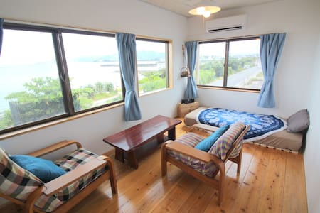 Great Sunset View * 3 Bed rooms * Beach 10 sec J29