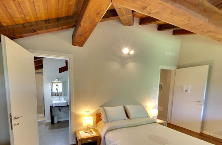 Double Room in Locanda del Toro - Breakfast incl. - Calderara di Reno