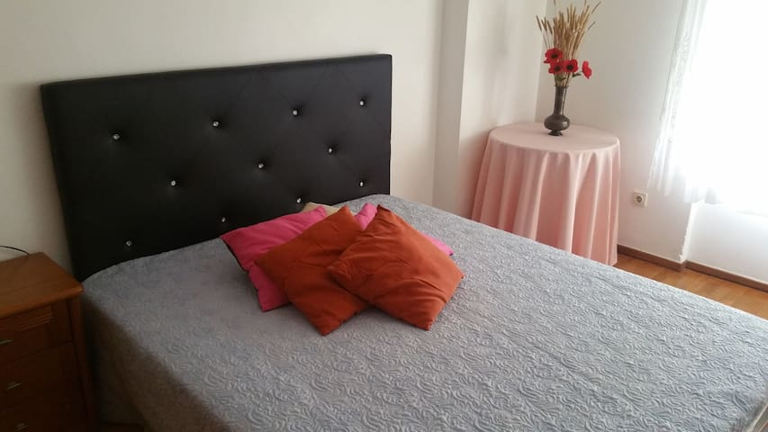 Excellent location and comfy bedroom 1