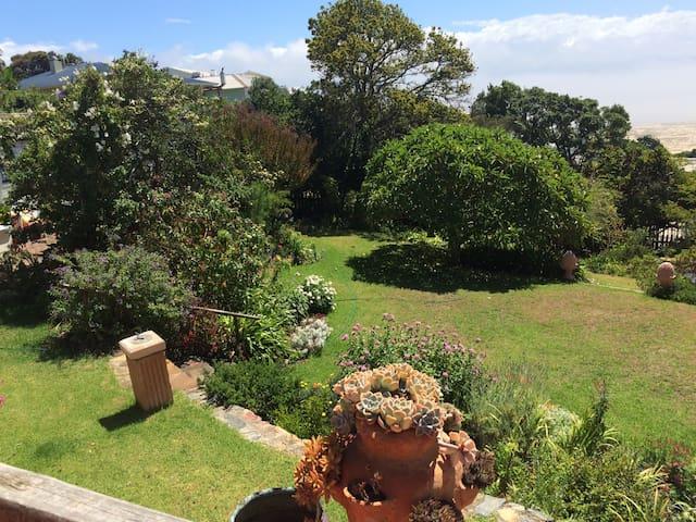 Auf Wiedersehen Garden Cottage no 1