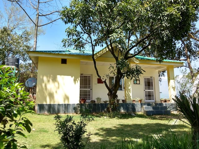 Vihaan valley cottage - Kangra - Oda + Kahvaltı