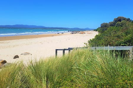ONE BEDROOM UNIT - Hawley Beachside Accommodation