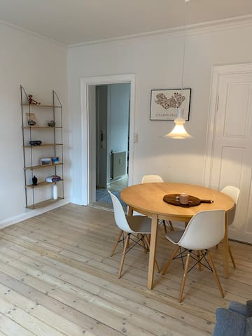 Cosy flat placed in Vesterbro