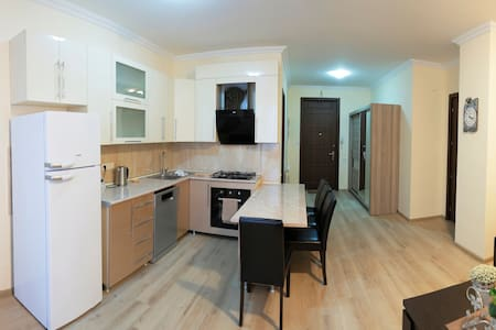 Cozy and comfortable apartment near city centre - Tiflis - Wohnung