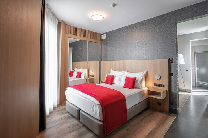 OCAK Hotel-Superior Suite Panoramablick Berlin