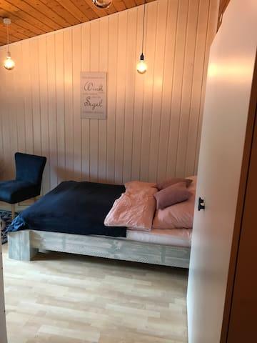 Doppelbett 1,40 x 2 m