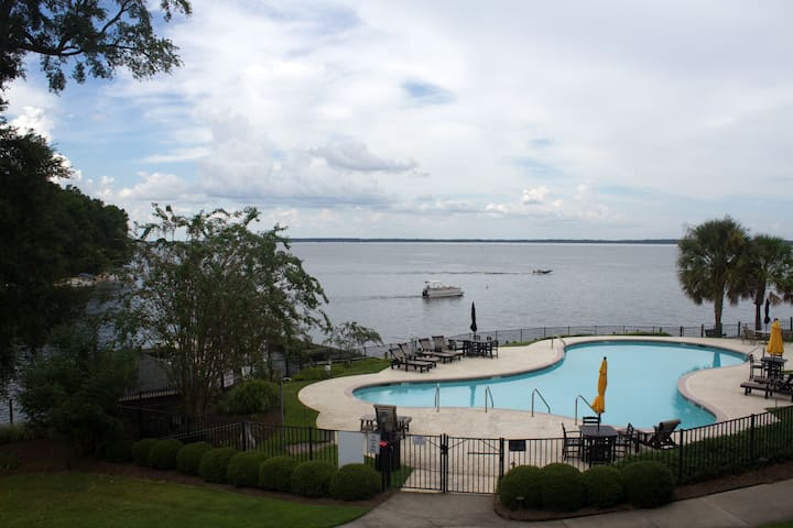 Beautiful lakefront condo overlooking Lake Marion.