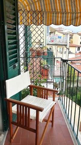 Balcony with view on beautiful and quiet internal garden (accessible from the living room)