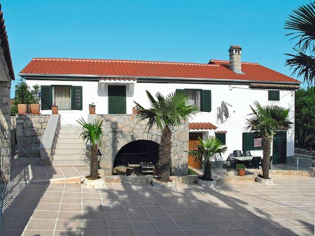 Haus Nikolina - Malinska - Hus
