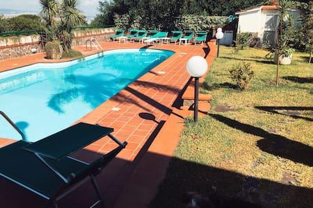 top 20 boscoreale vacation rentals, vacation homes & condo rentals ... - Sospesi Vanita Nero