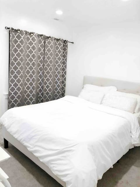 Private 1 bed, off I-15, by UVU, BYU, Provo Airpt